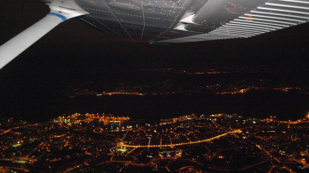 Vuelo nocturno de Aerocelta sobre Vigo