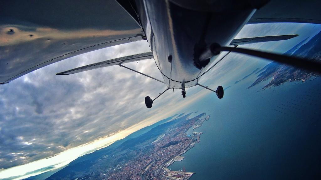 Clase práctica durante el curso de piloto privado en el club Aerocelta
